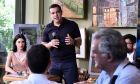 Συνάντηση του Πρωθυπουργού Αλέξη Τσίπρα με νέους επιστήμονες και εκπροσώπους startups στο εναλλακτικό καφενείο «Παντοκαφενές» στο Παλαιό Φάληρο