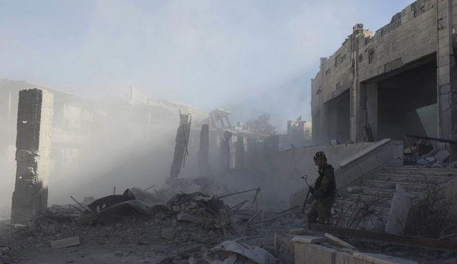 Καρέ από πόλη της Συρίας μετά από βομβαρδισμό - Φωτό αρχείου