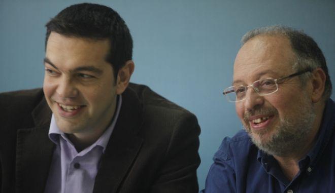 ΑΘΗΝΑ-Συνέντευξη Τύπου για τη Σύνοδο Κορυφής της ΕΕ ο πρόεδρος του ΣΥΝ και αντιπρόεδρος του Κόμματος της Ευρωπαϊκής Αριστεράς, Αλέξης Τσίπρας// ΣΤΗ ΦΩΤΟΓΡΑΦΙΑ ΑΛΕΞΗΣ ΤΣΙΠΡΑΣ ΚΑΙ ΚΩΣΤΑΣ ΗΣΥΧΟΣ .(EUROKINISSI-ΒΑΙΟΣ ΧΑΣΙΑΛΗΣ)