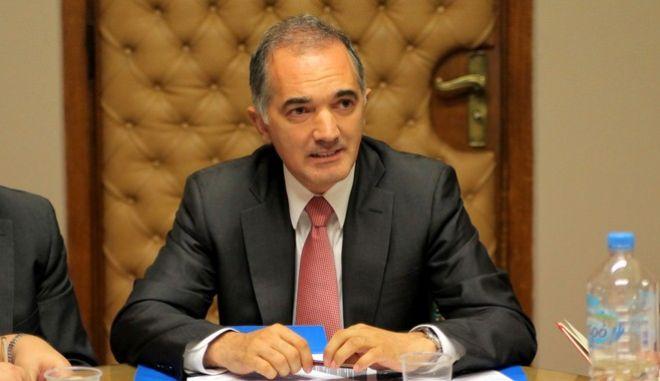Δηλώσεις του υφυπουργού Υγείας Μάριου Σαλμά σε δημοσιογράφους στο υπουργείο την Πέμπτη 6 Ιουνίου 2013. (EUROKINISSI/ΚΩΣΤΑΣ ΚΑΤΩΜΕΡΗΣ)