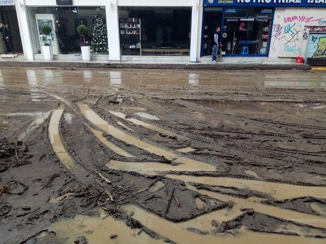 Σαρώνει η κακοκαιρία: Μεγάλες καταστροφές στη Δυτ. Ελλάδα