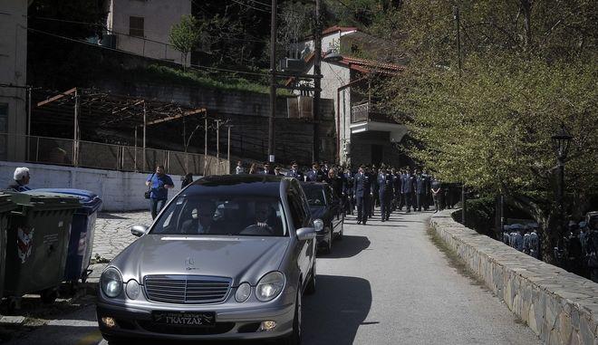 Κηδεία του Σμηναγού Γιώργου Μπαλταδώρου στο Μορφοβούνι Καρδίτσας. Σάββατο 13 Απριλίου 2018  (EUROKINISSI/ ΘΑΝΑΣΗΣ ΚΑΛΛΙΑΡΑΣ)