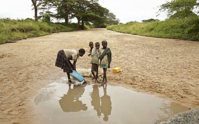 Περίπου 2,1 δισ. άνθρωποι δεν έχουν πρόσβαση σε καθαρό νερό