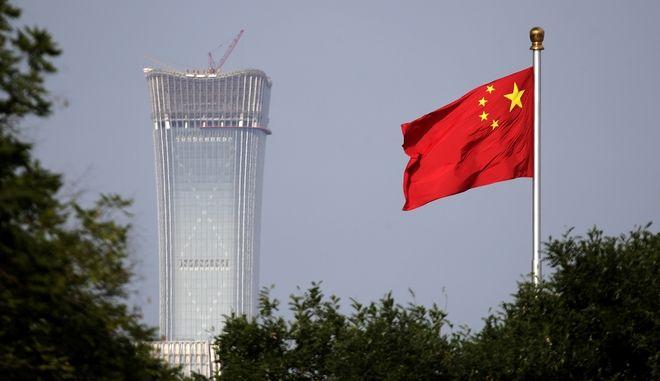 Ο ουρανοξύστης China-Zun στην πλατεία Τιενανμέν