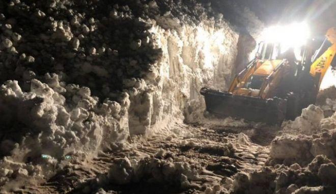 Τρίκαλα: Βοσκοί εγκλωβίστηκαν για 18 ώρες στο χιόνι - Αγωνιώδης διάσωση