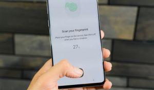 Samsung: Πρόβλημα ασφαλείας στο Galaxy S10 - Ξεκλειδώνει με κάθε δακτυλικό αποτύπωμα