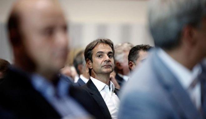 Υποψήφιος για την προεδρία της ΝΔ ο Κυριάκος Μητσοτάκης: Το κόμμα χρειάζεται reboot