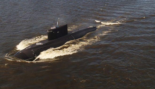 Τα υποβρύχια υπερόπλα του Πούτιν βγήκαν στη Μεσόγειο