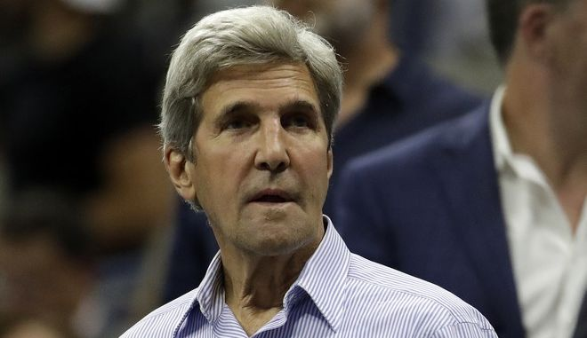 Former Secretary of State John Kerry attends the quarterfinal between Venus Williams, of the United States, and Petra Kvitova, of the Czech Republic, at the U.S. Open tennis tournament, Tuesday, Sept. 5, 2017, in New York. (AP Photo/Julio Cortez)