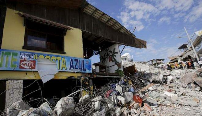 Νέος σεισμός άνω των 6 Ρίχτερ στον Ισημερινό