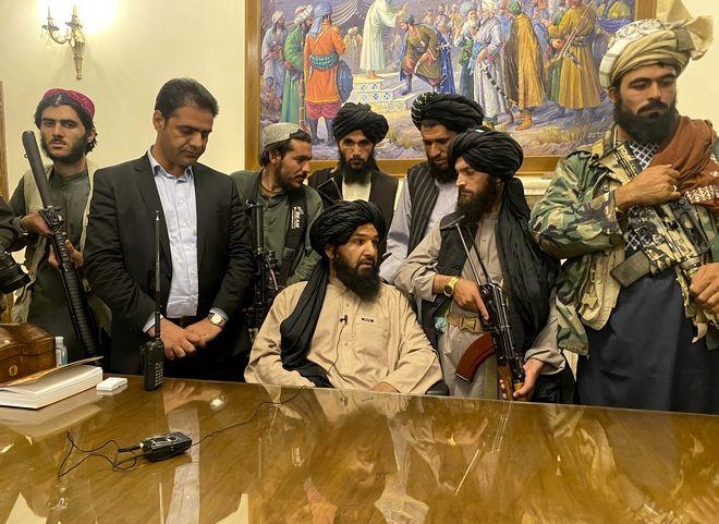 Οι Ταλιμπάν στην εξουσία