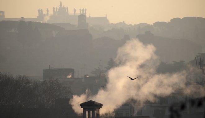Οι τοπικές αρχές περιορίζουν την χρήση αυτοκινήτων την Παρασκευή μετά από υψηλά επίπεδα ατμοσφαιρικής ρύπανσης