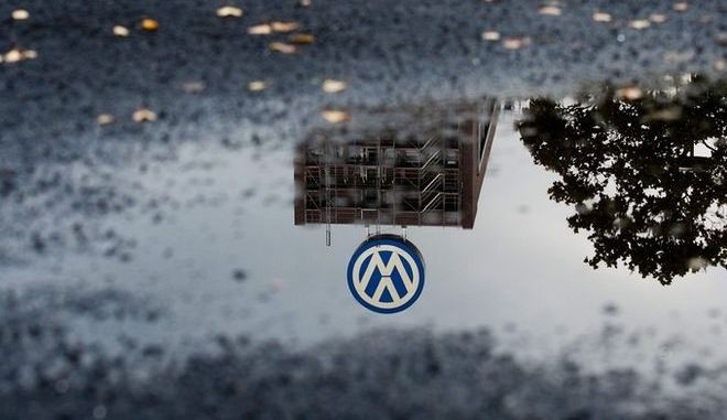 Οι ΗΠΑ μηνύουν τη Volkswagen και απειλούν με πρόστιμο 90 δισ. δολάρια