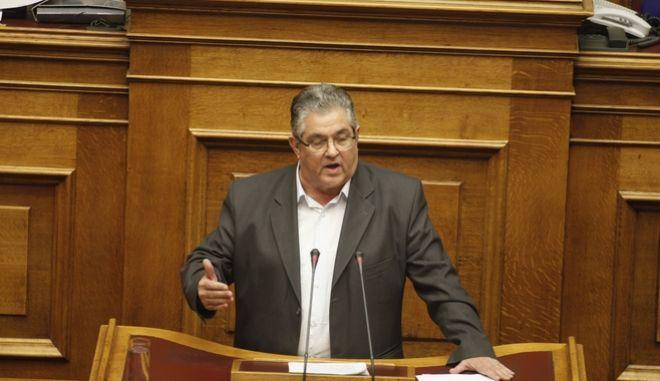 ΑΘΗΝΑ-ΒΟΥΛΗ-Προ ημερησίας διάταξης συζήτηση στη Βουλή για θέματα της Δικαιοσύνης. Την πρωτοβουλία για τη συζήτηση των πολιτικών αρχηγών είχε αναλάβει με επιστολή του προς τον πρόεδρο της Βουλής, Νίκο Βούτση, ο Πρωθυπουργός Αλέξης Τσίπρας// ΣΤΗ ΦΩΤΟΓΡΑΦΙΑ Ο  ΔΗΜΗΤΡΗΣ ΚΟΥΤΣΟΥΜΠΑΣ ΓΓ ΚΚΕ .(Eurokinissi- ΚΟΝΤΑΡΙΝΗΣ ΓΙΩΡΓΟΣ)