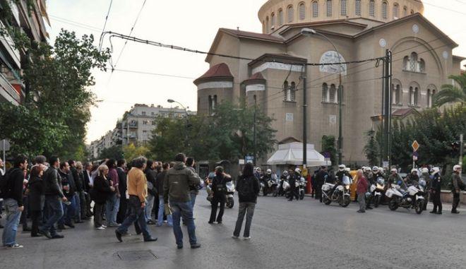 'Σύρραξη' μεταξύ αλλοδαπών σε ανταλλακτήριο στον Άγιο Παντελεήμονα