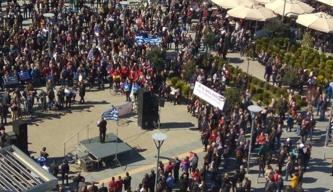 Ορεστιάδα: Πλήθος πολιτών ζήτησε την απελευθέρωση των δύο στρατιωτικών