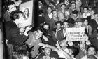 """Τα Σεπτεμβριανά του 1955 κατά των Ελλήνων της Πόλης και η """"ουτοπία της ελληνοτουρκικής φιλίας"""""""