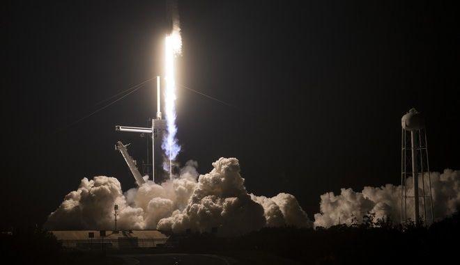 Εκτόξευση του επανδρωμένου σκάφους Crew-1 Dragon «Resilience»