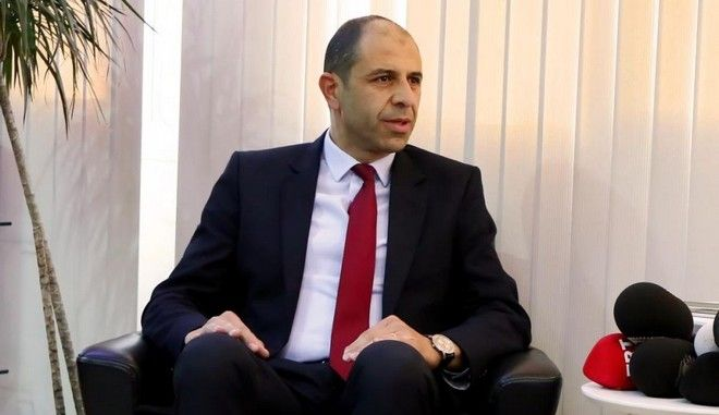 """Κατεχόμενα: Αποχωρεί ο Οζερσάι - Πέφτει η """"κυβέρνηση"""" του Ψευδοκράτους"""