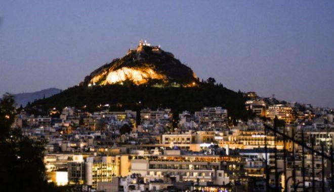 """""""Λίφτινγκ"""" στον Λυκαβηττό: Έτσι αλλάζει ο λόφος της Αθήνας"""