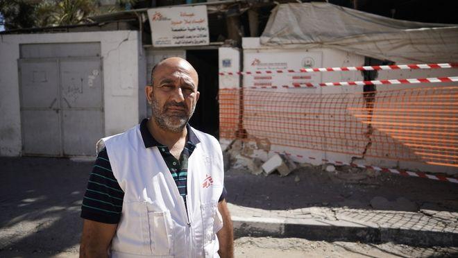 Ο Aymen al Djaroucha Παλαιστίνιος που έχει ζήσει 20 χρόνια στη Γάζα. Είναι ο συντονιστής του προγράμματος των Γιατρών Χωρίς Σύνορα στην περιοχή.