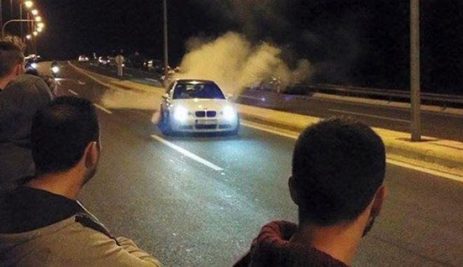 Συλλήψεις οδηγών στην Αγία Παρασκευή για κόντρες
