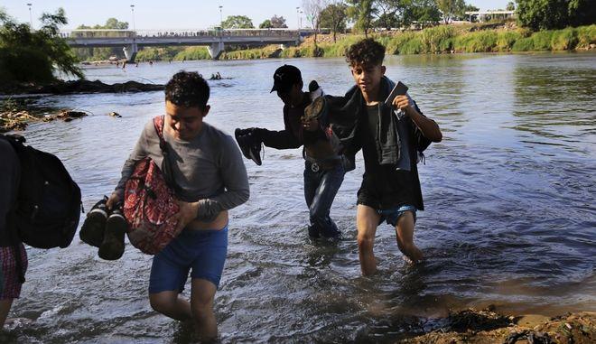 Μικροί μετανάστες