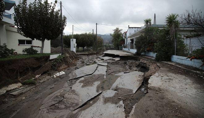 Καταστροφές στην Αγία Άννα Εύβοιας από την κακοκαιρία Αθηνά