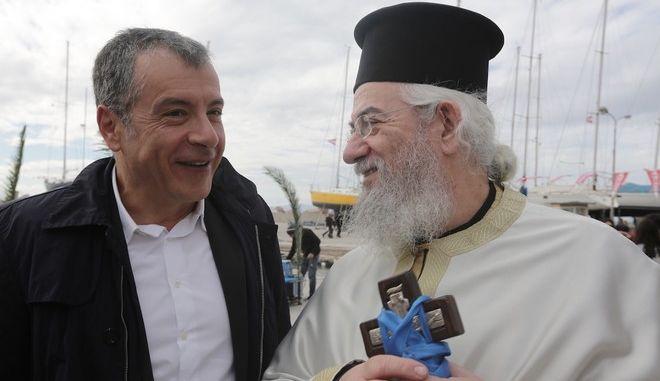 Στ. Θεοδωράκης: Ο ιδιωτικός τομέας συμπιέζεται, το κομματικό, πελατειακό κράτος επεκτείνεται