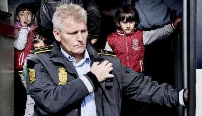 Δανία: Παραίτηση βουλευτή για τα σχέδια κατάσχεσης αντικειμένων αξίας προσφύγων