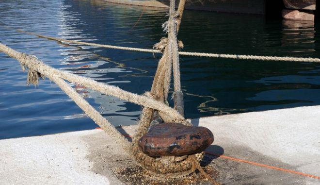 Δεμένα στο λιμάνι της Ηγουμενίτσας παραμένουν τα πλοία, που ταξιδεύουν προς Ιταλία. Αιτία η απεργία των ναυτεργατών. Κανένα πλοίο δεν φορτώνει, με αποτέλεσμα όσοι φτάνουν στο λιμάνι Ηγουμενίτσας, να μην μπορούν να πάνε στον προορισμό τους. (EUROKINISSI // ΣΥΝΕΡΓΑΤΗΣ)