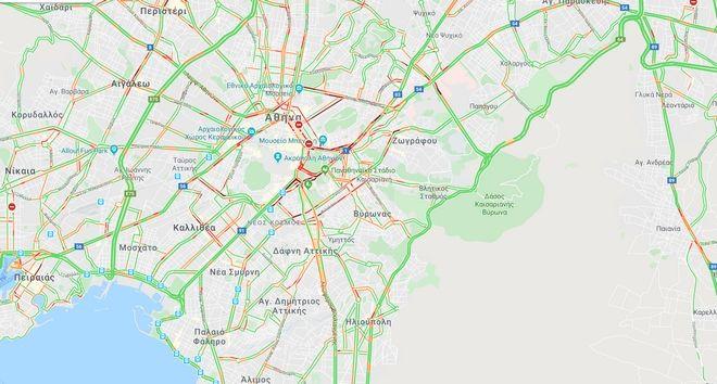 Κίνηση στους δρόμους: Μαρτύριο για τους οδηγούς. Απροσπέλαστο το κέντρο