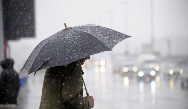 Δελτίο επιδείνωσης του καιρού: Ισχυρές βροχές και καταιγίδες