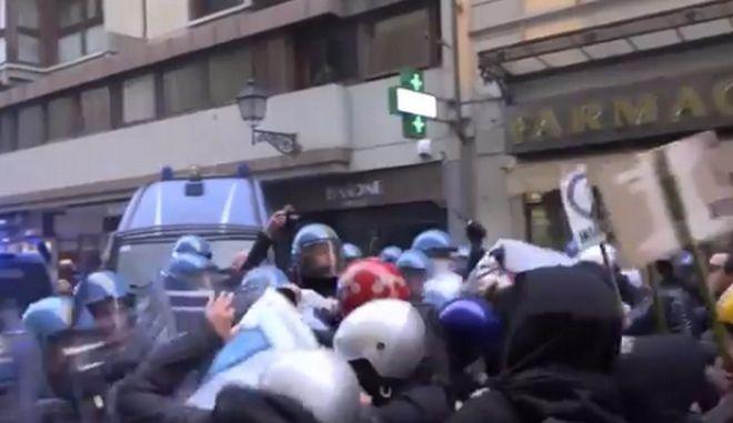 Ιταλία: Χιλιάδες διαδηλωτές κατά του φασισμού - Επεισόδια στο Μιλάνο