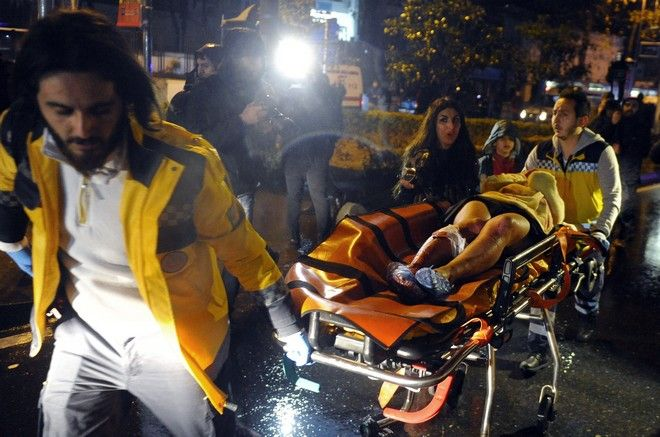 Τουλάχιστον 69 άνθρωποι τραυματίστηκαν από πυρά κατά την επίθεση ενόπλου στο κλαμπ Reina