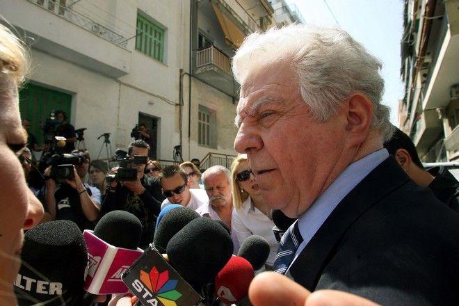 Νεκρός βρέθηκε μέσα στο σπίτι του στην οδό Μετεώρων στο Παγκράτι, ο ηθοποιός Νίκος Σεργιανόπουλος. (ΤΑΤΙΑΝΑ ΜΠΟΛΑΡΗ/EUROKINISSI)