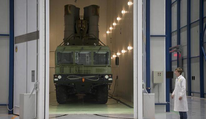 Κυρώσεις στην Τουρκία αν παραλάβει τους ρωσικούς S-400 λένε οι ΗΠΑ