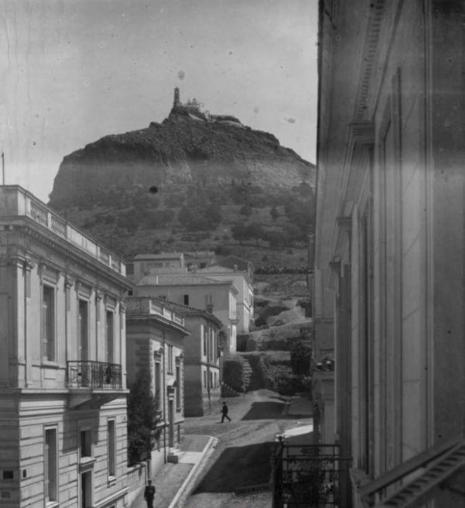 Όταν η Αθήνα είχε ποτάμι. 20 καρέ ενός άλλου κόσμου