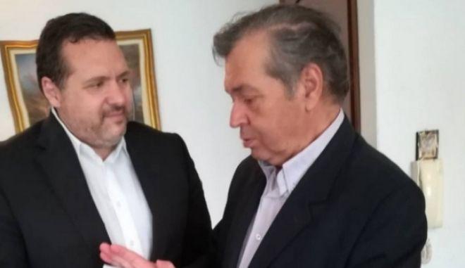 Με τους γονείς των δύο στρατιωτικών συναντήθηκε ο κύπριος πρέσβης