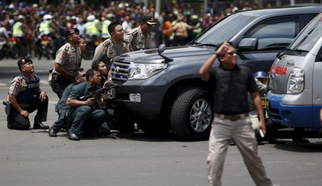 Εκρήξεις στην Τζακάρτα: Το ISIS ανέλαβε την ευθύνη