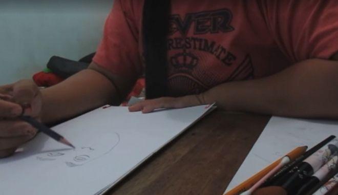 Τα απίθανα πορτραίτα που χάρισε μια καθηγήτρια στους μαθητές της
