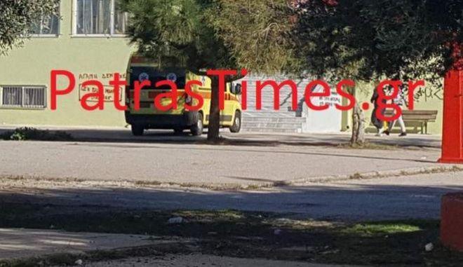 Αιματηρή συμπλοκή σε σχολείο στην Πάτρα