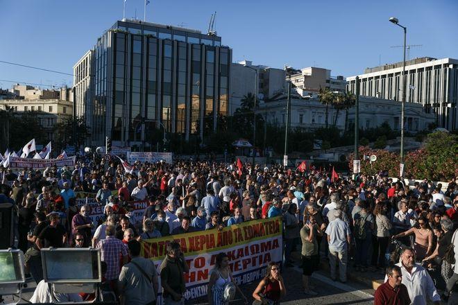 Συγκέντρωση διαμαρτυρίας του ΠΑΜΕ ενάντια στο νομοσχέδιο του υπουργείου Προστασίας του Πολίτη για τις διαδηλώσεις την