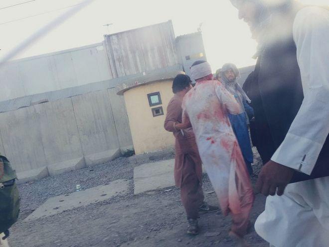 Αφγανιστάν: Πάνω από 100 νεκροί στη διπλή επίθεση του ISIS - Φρίκη στην Καμπούλ