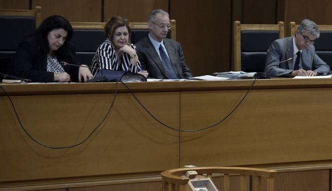 """Δίκη της """"Χρυσής Αυγής"""" στην αίθουσα του Εφετείου Αθηνών την Πέμπτη 13 Ιουλίου 2017. Η δίκη συνεχίστηκε με την κατάθεση της φωτορεπόρτερ Συμέλα Παντάρτζη. (EUROKINISSI/ΤΑΤΙΑΝΑ ΜΠΟΛΑΡΗ)"""