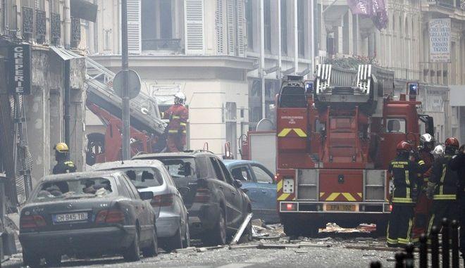 Εικόνα από το σημείο όπου σημειώθηκε η έκρηξη στο Παρίσι