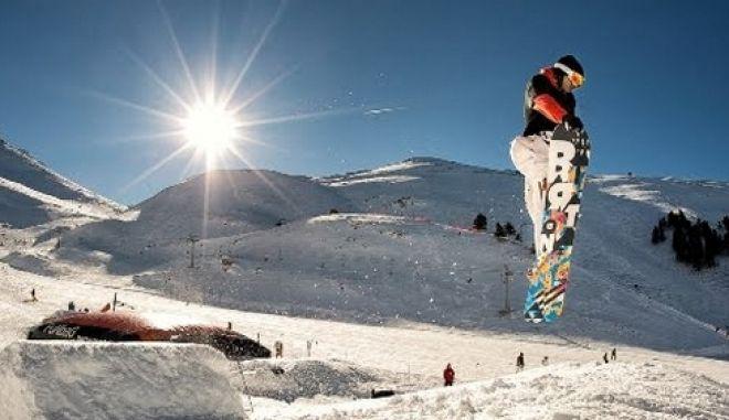 ΝΕΑ Υπηρεσία! Βόλτα για όλους με το SNOWBUS από τα Καλάβρυτα στο χιονοδρομικό κέντρο!