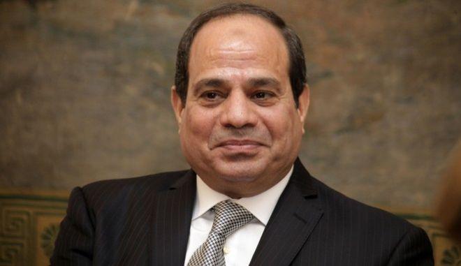 Συνάντηση του Προέδρου της Βουλής Νικόλαου Βούτση και του Προεδρείου του Σώματος με τον Πρόεδρο της Αραβικής Δημοκρατίας της Αιγύπτου Abdel Fattah Al-Sisi, την Πέμπτη 10 Δεκεμβρίου 2015. Ο Αιγύπτιος Πρόεδρος συνοδεύονταν από μέλη του υπουργικού Συμβουλίου και άλλους αξιωματούχους της χώρας του. (EUROKINISSI/ΓΙΩΡΓΟΣ ΚΟΝΤΑΡΙΝΗΣ)