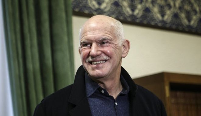 Meeting between the the president PASOK, Fofi Gennimat and the leader of Democrats Socialists Movement (KIDISO) George Papandreou, in Athens, on  Jan. 12, 2017 /               ,  ,  12 , 2017