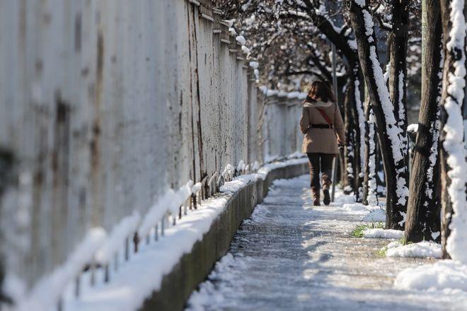 Χιόνι στην Αθήνα, στιγμιότυπο από τον Δήμο Χολαργού.